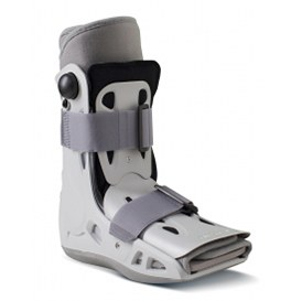 AirSelect Short Walking Boot by Aircast
